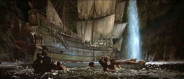 bs-goonies-pirate-ship