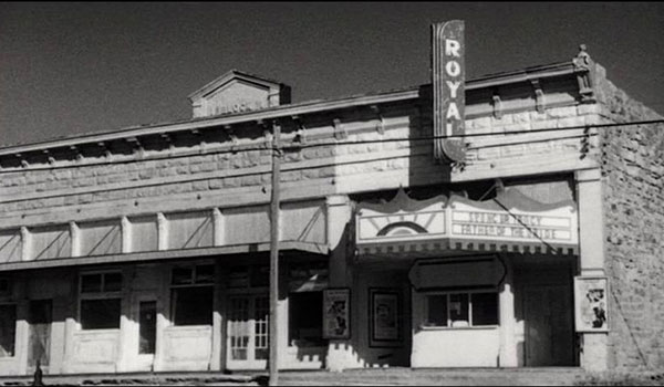The one-theatre town in The Last Picture Show (1971).
